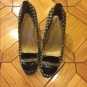 Tahari Lucy Houndstooth Oxford